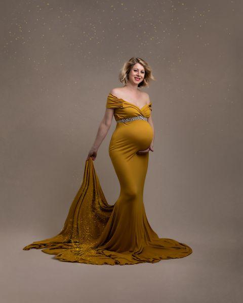 maternity photo shoot leeds