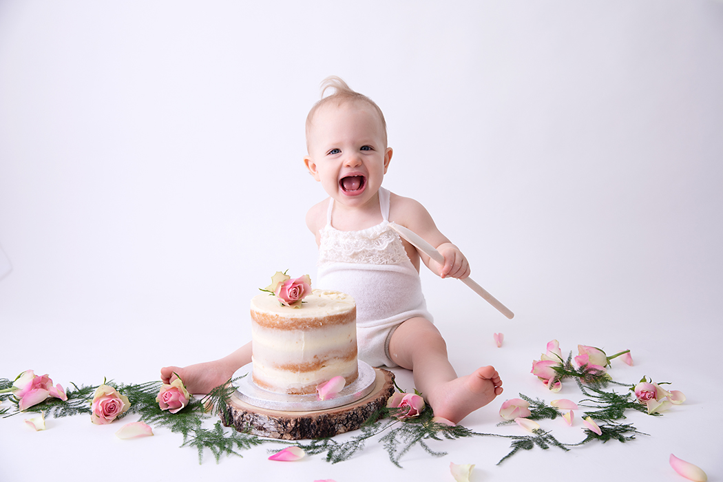 cake smash photo shoot leeds