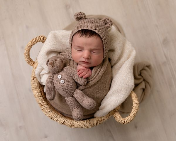Newborn photographer Leeds